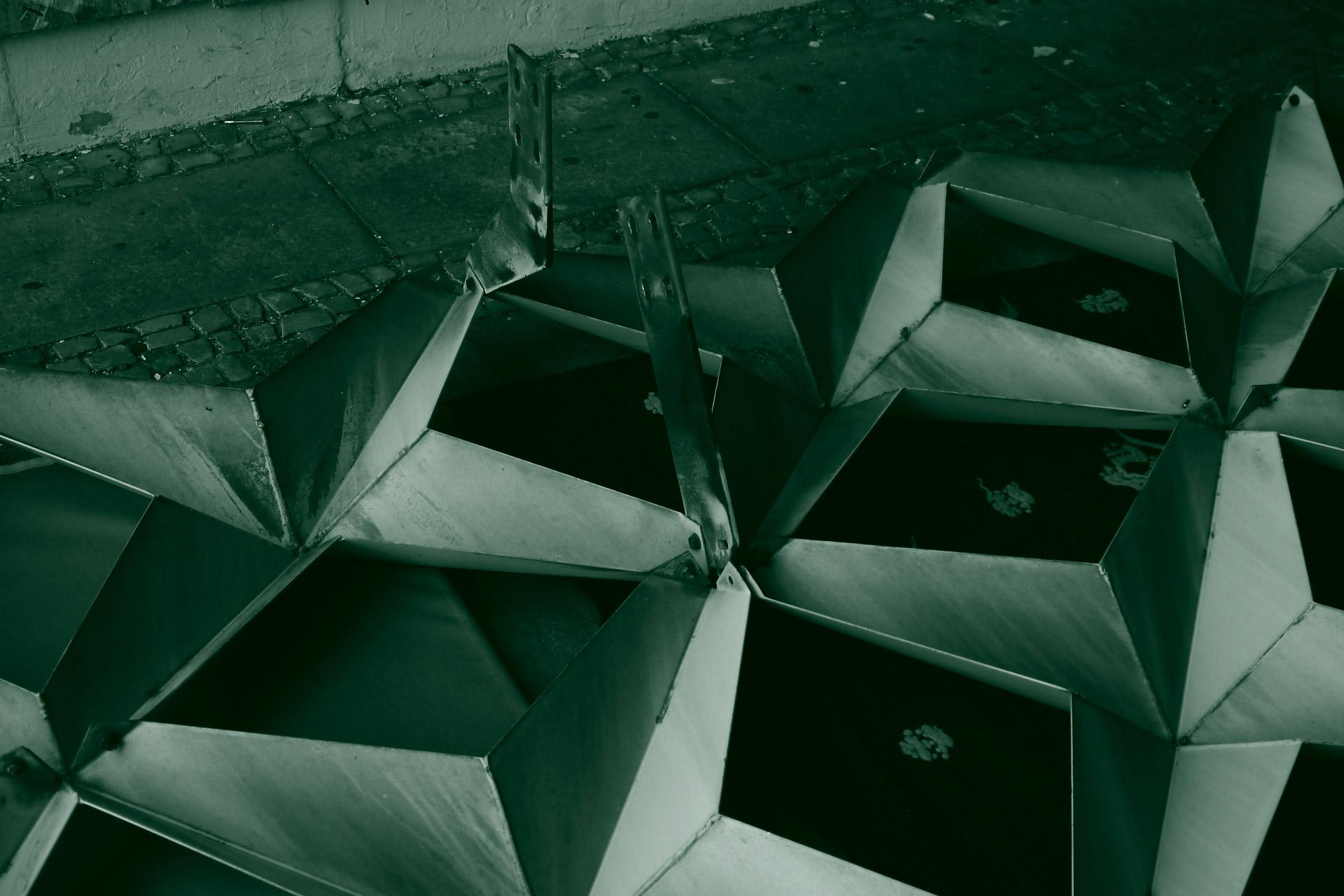 Komposition der Sternenelemente des ehemaligen FH-Gebäudes.